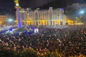 Близько 50 тис. осіб у центрі Тбілісі вимагали звільнення Саакашвілі