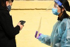 Melbourne lockdown: Fears over outbreak sparks restrictions