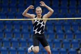Tokyo Olympics: Australian athletics team isolating after close contact with Covid-19 case