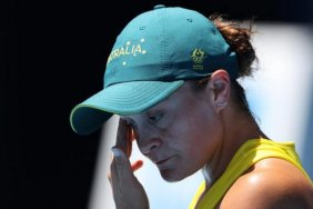 Tokyo Olympics: World number one Ashleigh Barty stunned by Sara Sorribes Tormo in first round