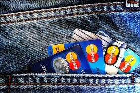 Популярна схема шахрайства з банківськими картами: як захиститися