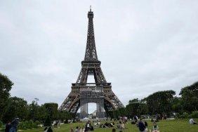 Франція відкликала послів із США і Австралії
