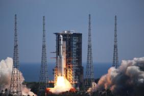 Китай запустил к орбитальной станции грузовой корабль