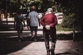 С октября миллиону украинцев повысят пенсию
